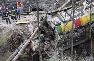Il treno deragliato il 12 aprile 2010